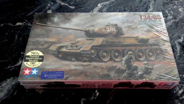 TAMIYA 1/35 WW II RUSSIAN T34/85 MEDIUM TANK PLASTIC MODEL KIT ITEM # 35138  F/S