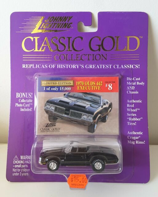 Johnny Lightning Classic Gold Collection 1970 Olds 442 Executive