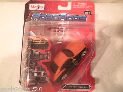 Maisto Robo Rods /'06 Dodge Charger SRT8 Black and Orange Urban Robots New