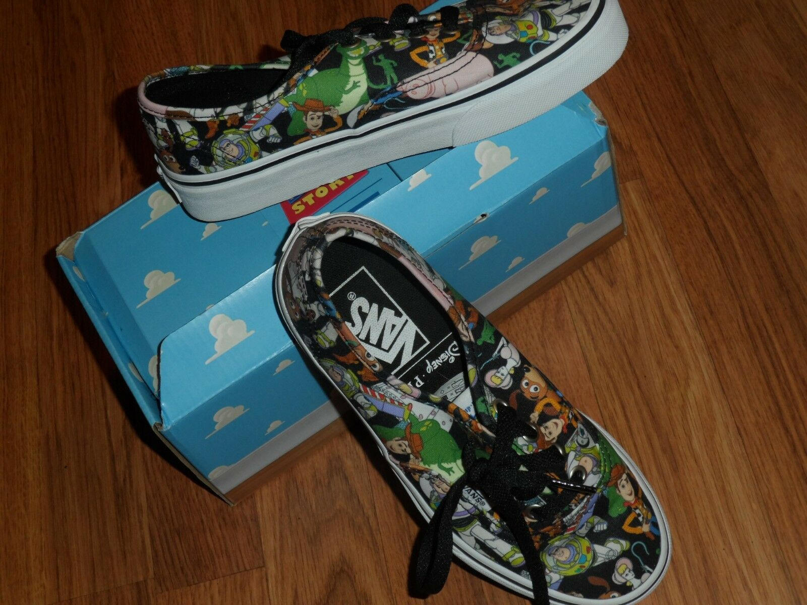 Men 4  women 5.5  buzz lightyear Woody Toy Story Disney Vans shoes