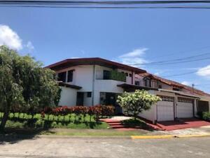 Casa - Mata Redonda