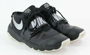 Nike Team Hustle D8 Basketball Shoes