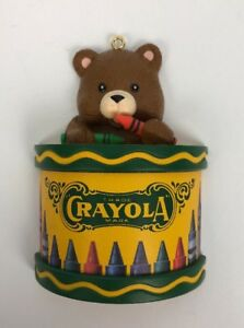1992-CRAYOLA-BEAR-ON-DRUM-Christmas-Ornament-Decoration-Plastic-Binney-amp-Smith