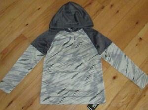 Under Armour Performance gray hoodie NWT UPICK sz S L boys'