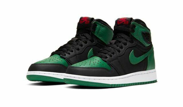 Nike Air Jordan 1 Athletic Shoe for Men's Size 10.5 - Pine Green