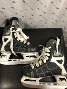 Ccm Kids Hockey Ice Skates 12.5J
