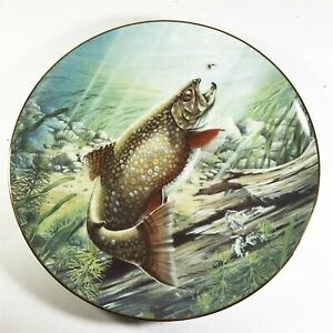 Collectors-plate-Large-fish-fishing-scene