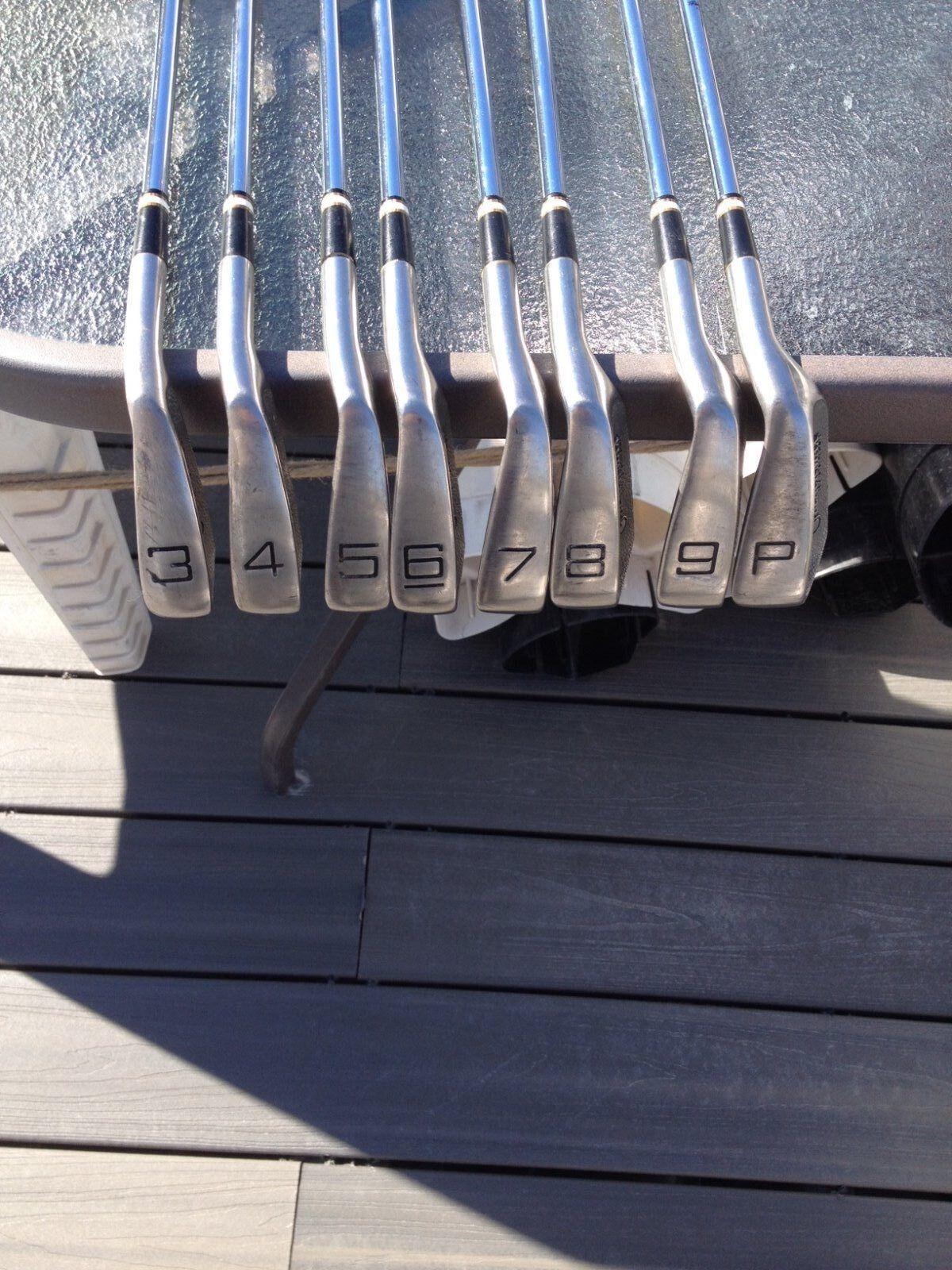 Dunlop negromax hierros 3,4,5,6,7,8,9,P  diestros  disfrutando de sus compras