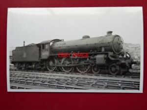 PHOTO-LNER-CLASS-B1-LOCO-NO-61022-SASSABY-AT-WHITLEY-BAY-1955
