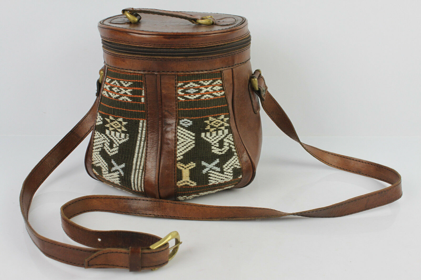 Umhängetasche Leder Handwerk braun und Baumwolle Indonesien seht guter Zustand    | Feinen Qualität