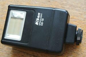 Nikon-SB-18-Speedlight-Flash-gun