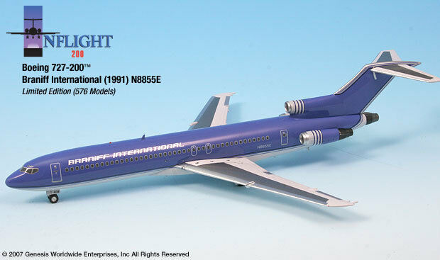 InFlight200 Braniff Airlines Ultra Purple Boeing 727-200 1 200 Scale REG N8855E