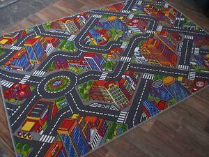 Details zu Kinder Spiel Teppich Straßenteppich Gebäude Boys Jungs Auto Big  City Schlinge