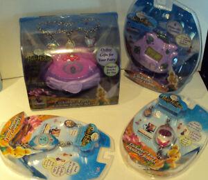 Disney-Pixie-Hollow-Clickables-Fairy-Charms-Starter-Set-Plus-Game-amp-2-Bracelets