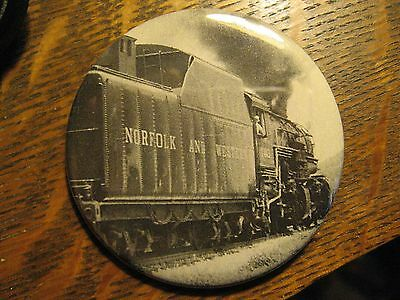 N&W Norfolk And Western Railroad Locomotive Train Advertisement Lapel Button Pin