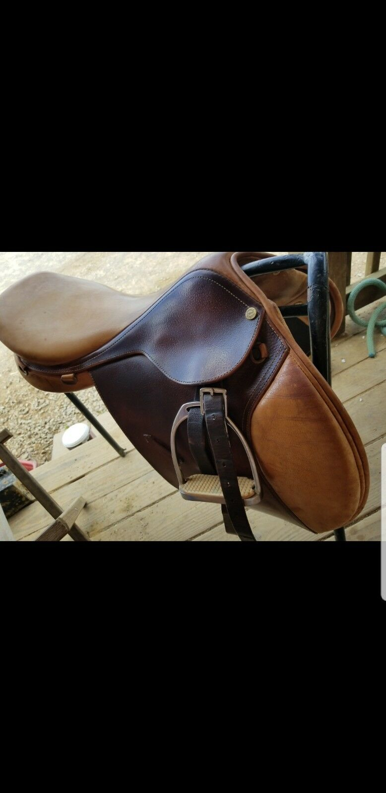 Nice Saddlery Brand 16.5in English Saddle
