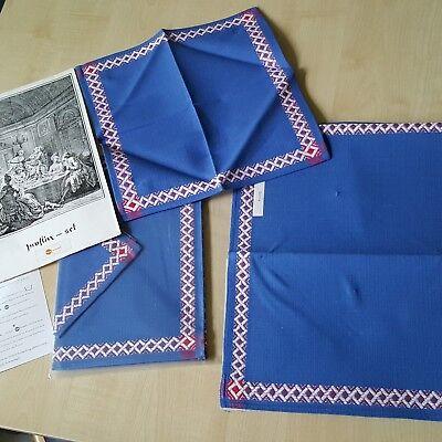 2 Tischsets Mit Servietten Ca. 40x30 Bzw 30x30 Cm Blau Alt Aber Ungebraucht