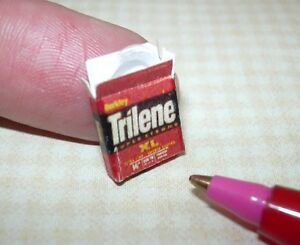 Miniature-Filled-Fishing-Line-Package-034-Trilene-034-XL-for-DOLLHOUSE-Setting-1-12
