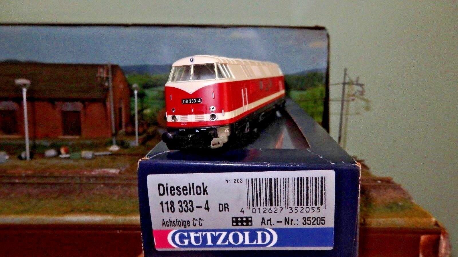 Gützold 35205 118 333-4 DR  DDR  livrea rosso/bianco telaio nero, fascia bianca
