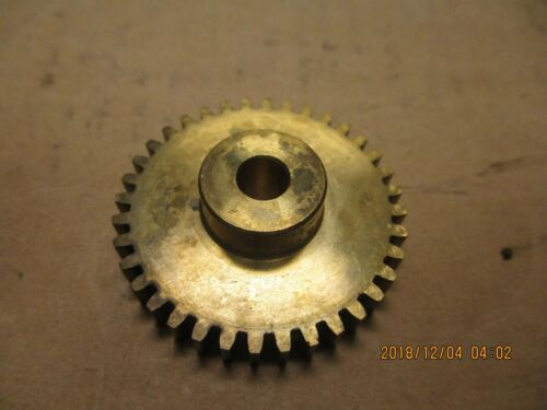 "BOSTON G261 SPUR GEAR 1//4/"" PLAIN BORE. 36 TEETH 24 DP NEW OTHER"