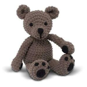 TUMBLE-TED-BEAR-Knitty-Critters-Complete-Crochet-Kit-300g-Bernat-Blanket-Yarn