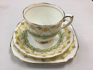 ROSLYN LAUREL TRIO TEACUP SAUCER VINTAGE ENGLAND TEA CUPS HIGH ART DECO