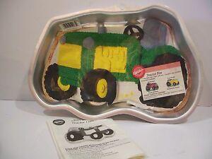 2002 Wilton Cake Pan Tractor John Deere Ih Case Ford 2105