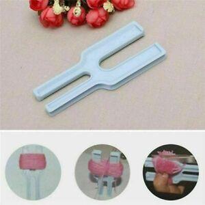 Kunststoff-Einfach-Pompon-Maker-Fluff-Ball-Weaver-Nal-Weben-Stricken