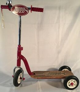 Vintage Radio Flyer Retro Style Red Wood Deck Kid Twist Trike