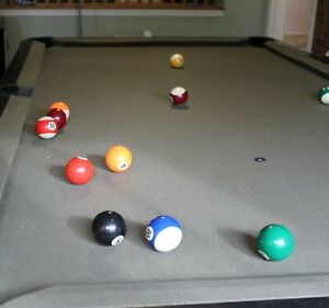 Brunswick Monarch Pool Table, With Bundle(balls, cues, cover, brushes, triangle)