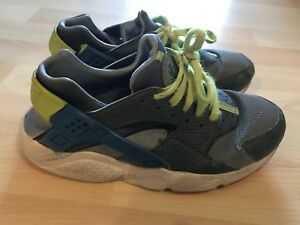 best website aaafe 2d3b3 Details about Nike Huaraches Girls Size 4.5 Broken Strap
