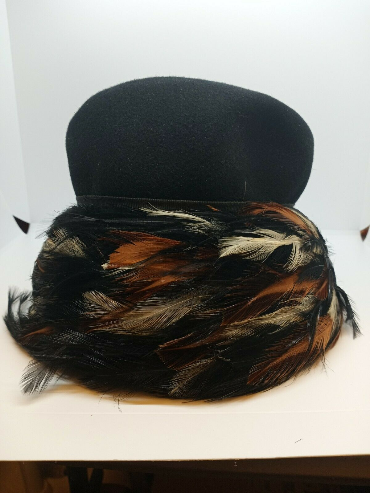 Beautiful Vintage U.S.A Made, Black Wool Felt Women's Hat & feather Band 21''