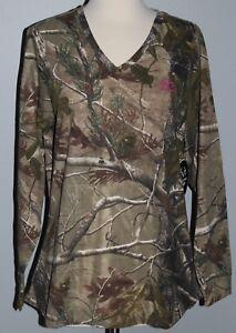 New-Ladies-REALTREE-AP-Camo-Long-Sleeve-V-Neck-T-Shirt-Womens-L-XL-2XL-Shirt-NWT