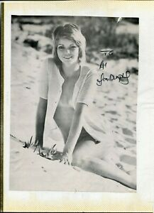 Unknown-Actress-Entertainer-Rare-Signed-Autograph-Photo