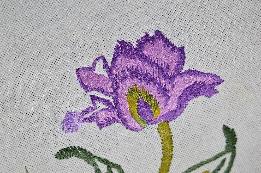 rose & violet SPRING GARDEN ODYSSEY  VTG GERMAN HAND TABLECLOTH + PRINT NAPKINS