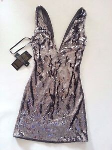 179-NWT-bebe-double-deep-v-neck-all-over-silver-sequin-club-top-dress-XXS-00-0