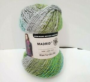 NEW-Loops-amp-Threads-Madrid-Yarn-Bonsai-Color-Gradient-350-Yards-RARE