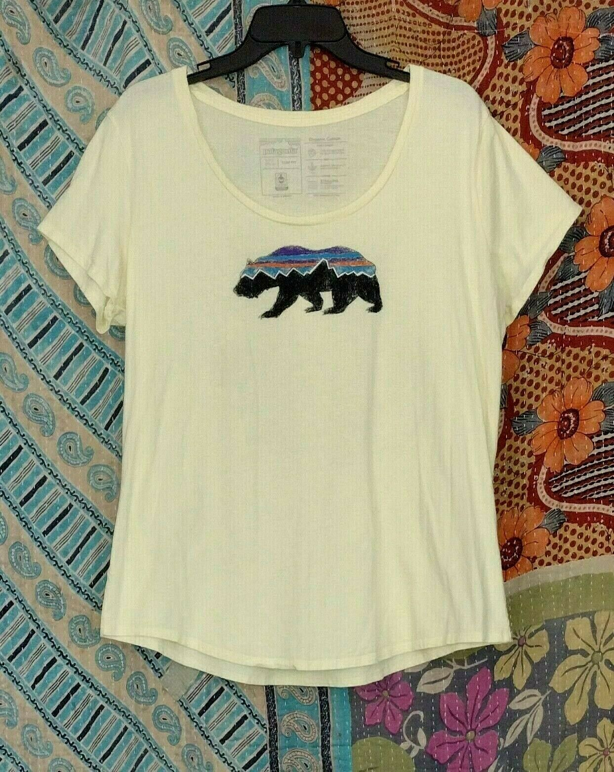 Women's Patagonia Scoop Neck Organic CottonT-shirt Southwestern Bear XL 44B