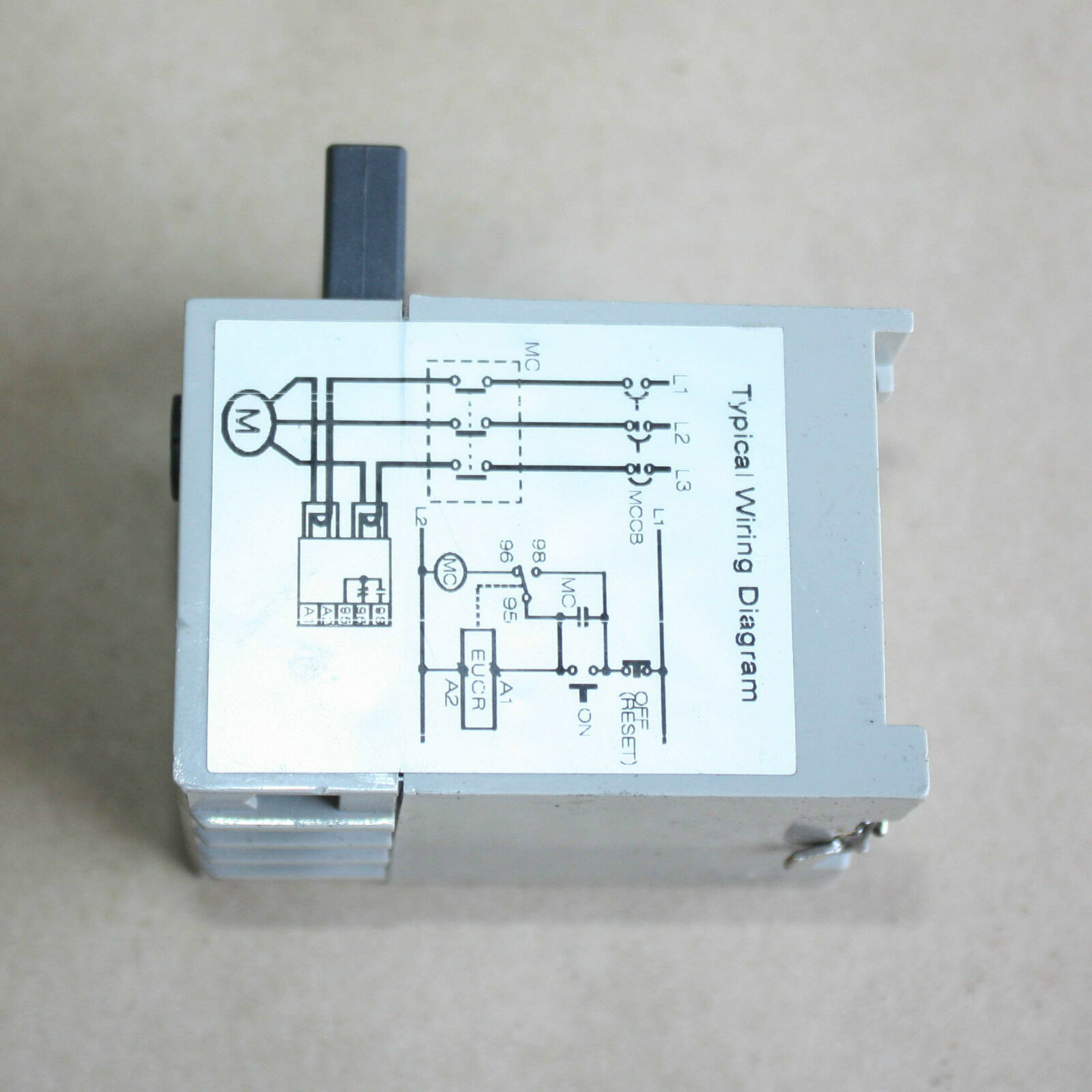 Schneider Electronic Undercurrent Protection Relay Eucr 05rm7dmq Under Current 05 R 220