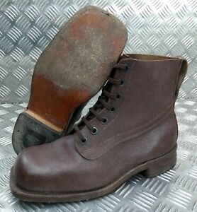 Genuine Vintage Leather WWII Style 1962  Brown 7 Hole Leather Sole Boots Eur 43