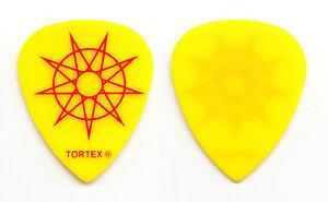 Slipknot-Alessandro-Venturella-Yellow-Guitar-Pick-2015-Tour