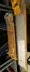 VTG-Disston-The-Saw-most-Carpenters-Handsaw-28-034-Blade