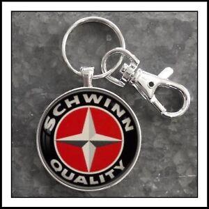 Schwinn-Bicycle-Emblem-Badge-Photo-Keychain-Gift