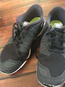 low priced 6b846 7ed74 NIKE Free 5.0 GS Shoes Youth Boys 5y / EUR 37.5 Black White Girls ...