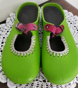 Women's Size 7 ~ Lime Green ~ Slip on