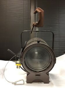 Details About Altman 75q 8 Used Quartz 1000w Stage Light Lighting W Hanging Clamp 1112s