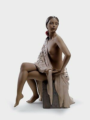 LLADRO LARGE FIGURINE GRES 01012536 WOMAN LADY NUDE WITH SHAWL original box