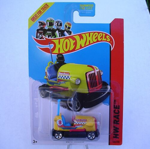 New in Blister Pack! Hot Wheels 2014 HW Race Yellow BUMPER CAR Bump Around