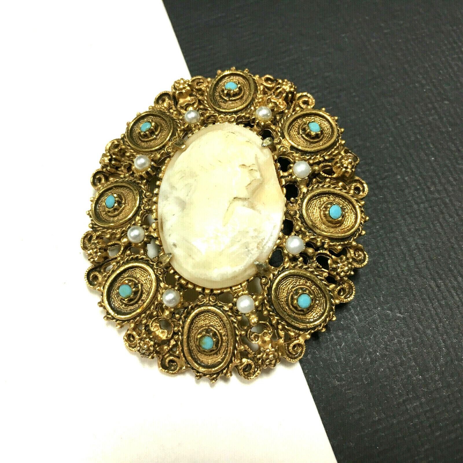 Big Ornate Vintage FLORENZA CAMEO Brooch Pearl & … - image 5