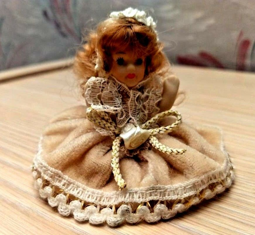 Dollhouse Doll Dressed Victorian Baby Girl G7664 Porcelain Miniature White Lace